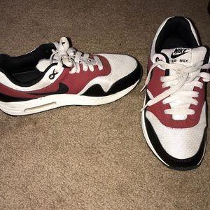 'Nike' air max
